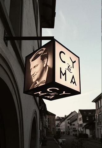 Aushängeschild des Cafes La Cyma in Winterthur